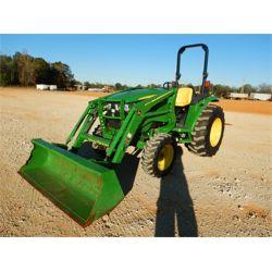 2018 JOHN DEERE 4052M Farm Tractor
