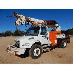 2004 FREIGHTLINER M2 Digger Derick Truck