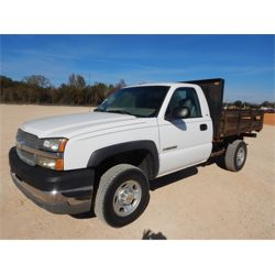 2003 CHEVROLET 2500 Flatbed Truck