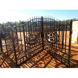 14' WROUGHT IRON GATE DEER SCENE  Miscellaneous