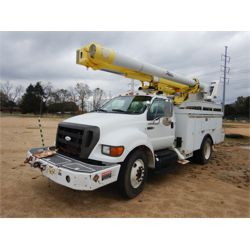 2008 FORD F750 Bucket Truck
