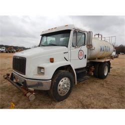 2000 FREIGHTLINER FL70 Water Truck