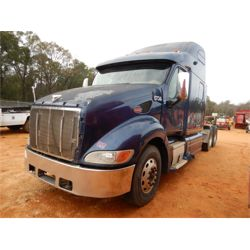 2007 PETERBILT 387 Sleeper Truck