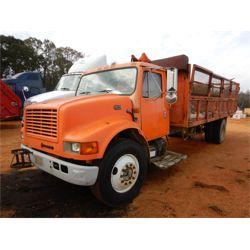 1997 INTERNATIONAL 4700 Garbage / Sanitation Truck