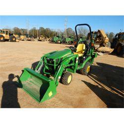 JOHN DEERE 1025R Farm Tractor