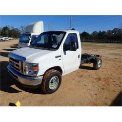 2011 FORD E350 Cab and Chassis Truck