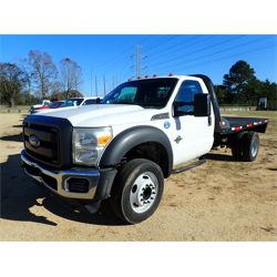 FORD F550 Flatbed Truck