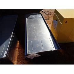 C TECH red drawer unit (A-1)