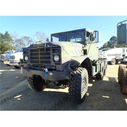 1990 HARSCO M9132 Military Truck