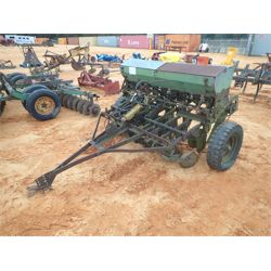 JOHN DEERE  Tillage Equipment