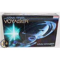MONOGRAM STAR TREK U.S.S. VOYAGER #3604