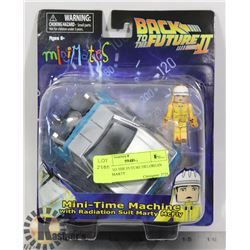 BACK TO THE FUTURE DELOREAN WITH MARTY