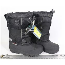 NEW ICE FIELDS WINTER BOOTS SIZE 13 BOYS