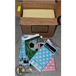 ASSORTED PLASTIC AND TISSUE TABLECLOTHS WRAPPING