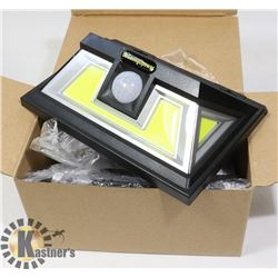 LOT OF 2 NEW SOLAR SECURITY LED LIGHTS