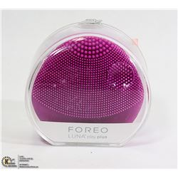 NEW FOREO T-SONIC FACIAL CLEANSING DEVICE