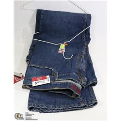 2 NEW PAIRS OF DENVER HAYES JEANS  SIZE 44 X 30