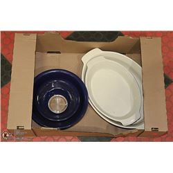 MIXING BOWLS WITH TWO SERVING PLATES