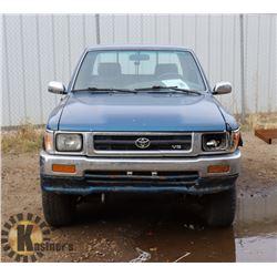1993 TOYOTA SR5 EXTENDED CAB 4X4 V6