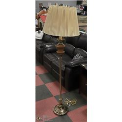 VINTAGE BRASS AND WOOD FLOOR LAMP 62 INCH TALL