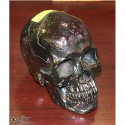 AURORA BOREALIS COLORED SKULL FIGURE