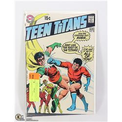 TEEN TITANS # 28 NICE GRADE COMIC