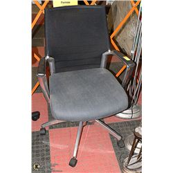 NEW METAL MESH BACK HYDRAULIC LIFT OFFICE CHAIR