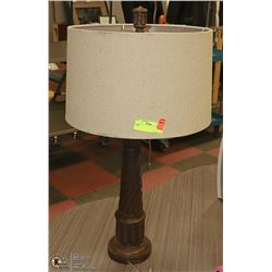 LAMP 30 INCH TALL
