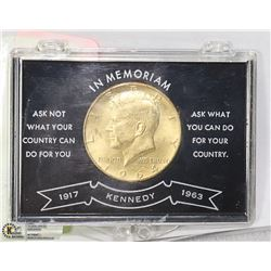 CAD KENNEDY MEMORIAL 1/2 $ COIN IN CASE