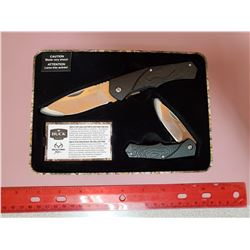 BUCK KNIFE SET X2 - NEW IN TIN CASE