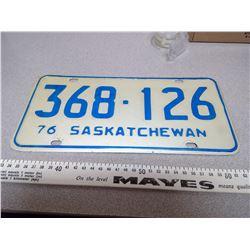 1976 SASKATCHWAN LICENSE PLATE 368-126