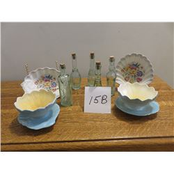 Blue Royal Winton miniatures and candy dishes, small chip on one