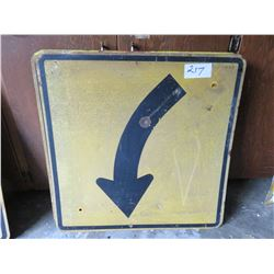Yellow curved highway sign - heavy 30 x 30