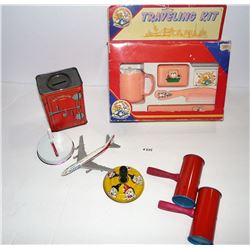 Toys/Noisemakers