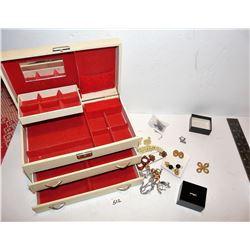 Vintage Jewellery Music Box Plus Contents
