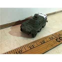 Dinky 625 Armored personal carrier