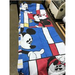 Mickey Mouse Comforter - Twin Bed