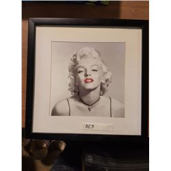 Marilyn Monroe Picture & Frame