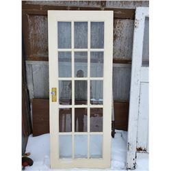 15 PANEL WOODEN DOOR W/ GLASS DOOR KNOB