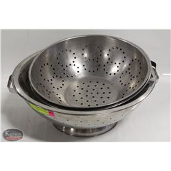 LOT OF 4 ASSORTED SIZE STAINLESS STEEL COLANDERS