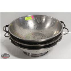 LOT OF 3 ASSORTED SIZE STAINLESS STEEL COLANDERS