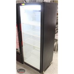 QBD UPRIGHT GLASS-DOOR DISPLAY COOLER W/ SHELVES