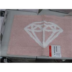 PINK DIAMOND 16 X 24 INCH BATH RUG