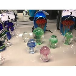 6 ASSORTED SIZED GLOW BLOWN GLASS DECORATIVE JELLY FISH ORNAMENTS
