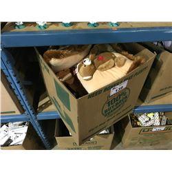 BOX OF CANADA NECK & THROW PILLOWS