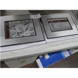 2PC PICTURE FRAMES