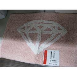 PINK DIAMOND BATH RUG