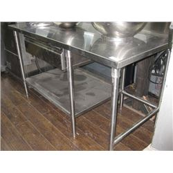 61 INCH STAINLESS TABLE WITH DRAWER AND UNDERSHELF HOLE IN TOP
