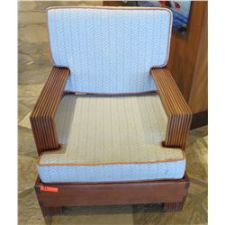 Wooden Armchair w/ Back & Seat Cushions 32 x35 x34 Ht