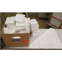 Box White Cloth Napkins